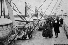 lifeboats aboard Titanic