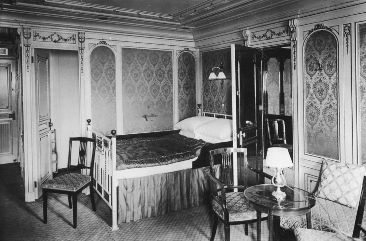 inside the titanic first class cabin B38. Accomodations Aboard the Titanic   Peggy Wirgau