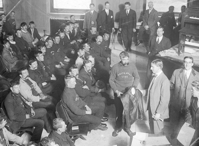 Rescued_Titanic_Crew,_New_York_Times,_1912