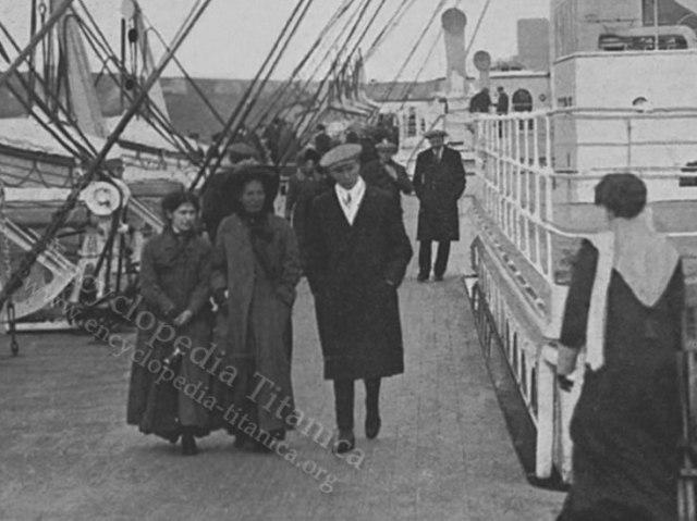 wheeler-larger-vanderbilt-valet-on-the-titanic